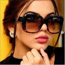 Ladies Designer Square Sunglasses Women Luxury Sun Glasses Men Shades Large Thick Clear Big Frame Sunglasses Black